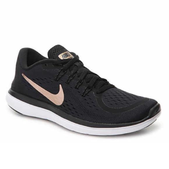 97708df090ed2 Nike Flex 2017 RN Women s Running Shoe. M 5cbcaaf49d3b78f58d1bedc3